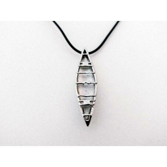 Hobkey Canoe Necklace